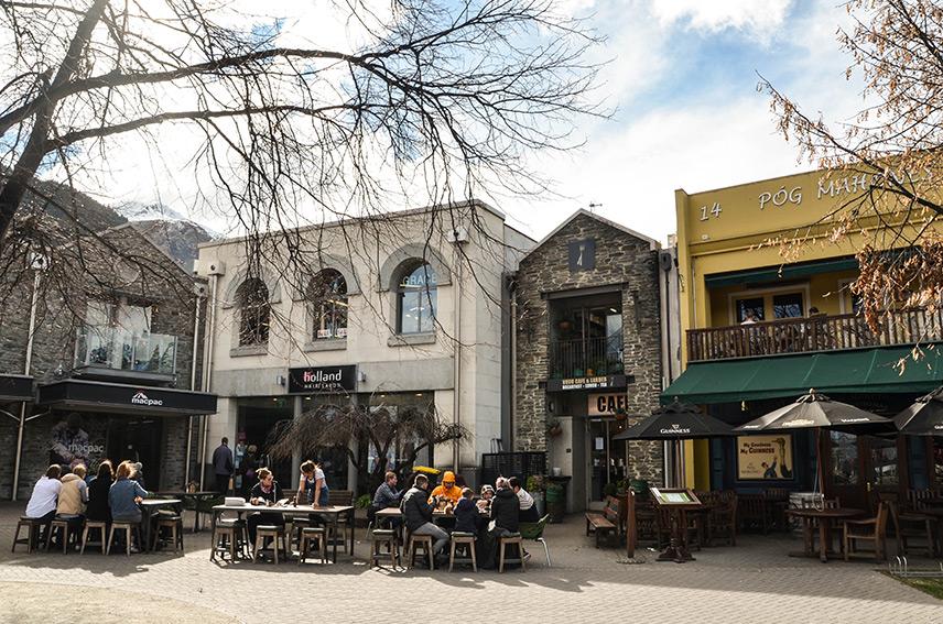 Queenstown Mountain | Queenstown Adventure | Travel Inspiration | ANYDOKO