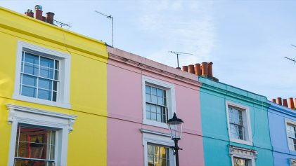 Pastel Coloured Terrace Houses | The True Colours of Notting Hill | United Kingdom | ANYDOKO