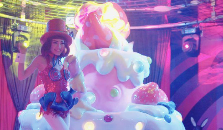 Kawaii Monster Cafe Girl | Harajuku's Kawaii Monster Cafe | Japan Travel Video | ANYDOKO